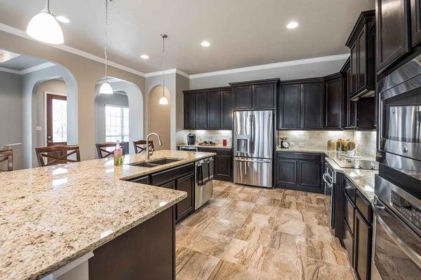 crescent bluff model home kitchen